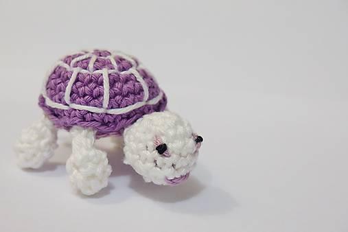 Pre začiatočníkov: podrobný foto-postup na háčkovanú korytnačku