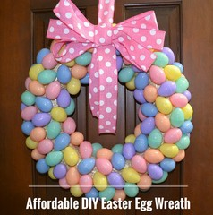 z farebných vajíčok