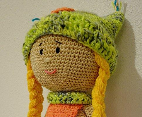 Háčkovaná bábika Anička